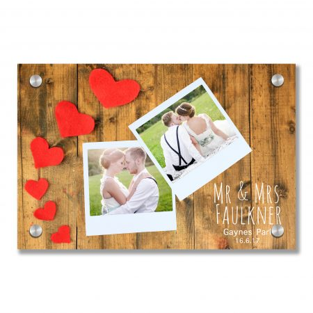 Blank old photos and decorative hearts