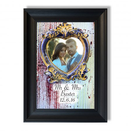 Empty vintage frame in form of a heart