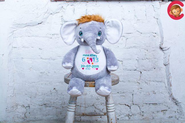 """Signature """"Olliephant"""" Elephant"""